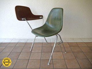 ハーマンミラー HermanMiller C&R. Eames 70's ビンテージ 2nd サイドシェルチェア レアOG色 + 貴重 肘掛けテーブル付 スクールベース スタッキングベース DSS ◇