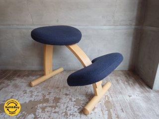リボ Rybo バランスイージー Balans EASY デスクチェア 学習椅子 ネイビー 紺色 ブラック 黒 ミックスファブリック♪