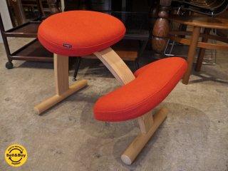 リボ Rybo バランスイージー Balans EASY デスクチェア 学習椅子 レッド 赤 カバー付き 織生地 ■
