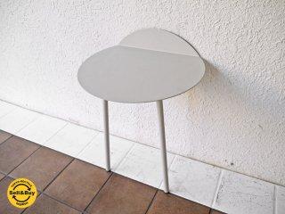 メニュー menu デンマーク Yeh Wall Table Lowタイプ ( サイドテーブル ウォールラック コンソールテーブル ) ライトグレー 定価\32,400- 北欧モダン ◇