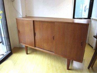 北欧ビンテージ チーク材 サイドボード キャビネット Sideboard cabinet デンマーク 引き戸扉 W:160cm ★