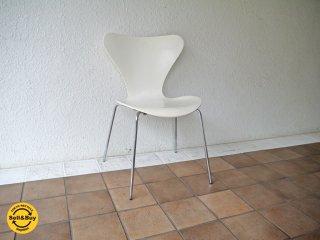 フリッツハンセン Fritz Hansen セブンチェア Seven Chair アルネヤコブセン Arne Jacobsen ホワイトラッカー (定価:¥72,360-/'91.ver) ◇