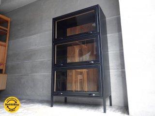 インダストリアルデザイン スチール × オーク材 フラップ扉 3段 キャビネット 収納棚 ♪