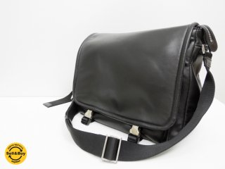 プラダ PRADA ラムレザー ショルダーバッグ メッセンジャーバッグ ブラック 正規品 ●