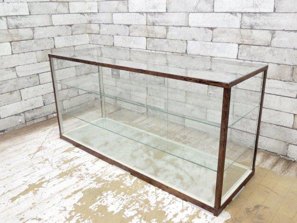 ビンテージスタイル ガラス ミニ ショーケース 飾り棚 杢目調フレーム レトロデザイン ●