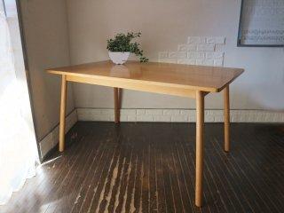 無印良品 MUJI リアルファニチャー オーク材 ダイニングテーブル 丸脚 幅135cm シンプルデザイン ◎
