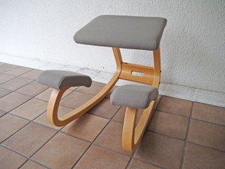 ストッケ STOKKE ヴァリエール VARIER バリアブル Variable バランスチェア 学習椅子 姿勢矯正 ベージュ ノルウェー ◇