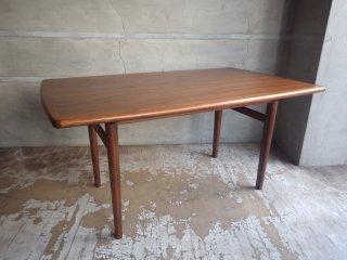 ウニコ unico ノルド NORD ダイニングテーブル W125 北欧 ヴィンテージスタイル ウォールナット材 ♪