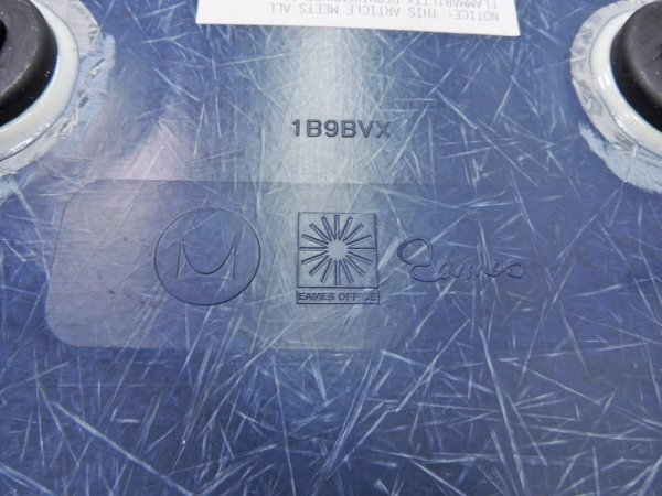ハーマンミラー Herman Miller アームシェルチェア ラウンジチェア LAR キャッツクレイドル ラウンジベース ネイビーブルー C&R イームズ 現行FRP製 ●