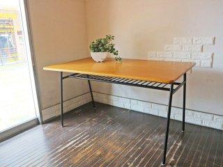 ウニコ unico スクーラ SKOLA ダイニングテーブル オーク材天板 スチール脚 W135 ノスタルジックデザイン ◎