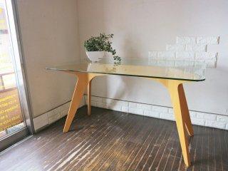 イーアンドワイ E&Y ペガサス PEGASUS ガラス ダイニングテーブル ホワイト アレックス・マクドナルド Alex Macdonald 幅134cm ◎