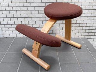 サカモトハウス SAKAMOTO HOUSE リボ Rybo バランスイージー Balance Easy ブラウン カバー付き バランスチェア 学習椅子 ■