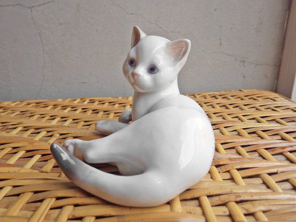ロイヤルコペンハーゲン ROYAL COPENHAGEN 白猫 ネコ #2504 フィギュリン デンマーク ♪