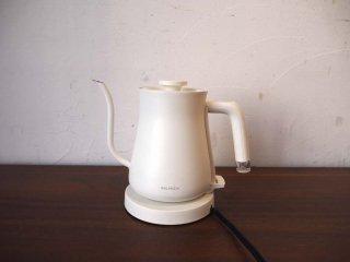 バルミューダ BALMUDA ザ ポット The Pot 電気ケトル 0.6L K02A-WH ホワイト ★