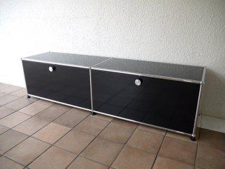 ユーエスエムハラーシステム USM Haller 2×1 TVボード W1536 グラファイトブラック 定価¥144,845- シェルフ キャビネット オフィス家具 MoMA スイス製 ◇
