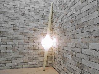 イデー IDEE スティックランプ STICK LAMP フロアランプ ホワイト ポリエチレン マイケル・ヤング Michael Young ●