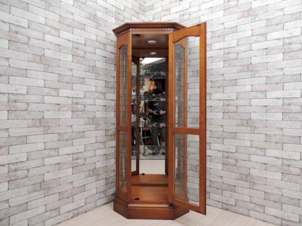 横浜ダニエル DANIEL A-214 ガラス キュリオケース 樺桜材 クラシカル アーリーアメリカン 定価約¥670,000- ●