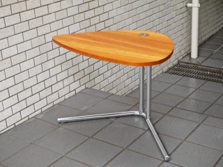 テクタ TECTA サイドテーブル K22 SIDE TABLE チェリー材 アレキサンダーカルダー ドイツ バウハウス ACTUS 取扱 ■