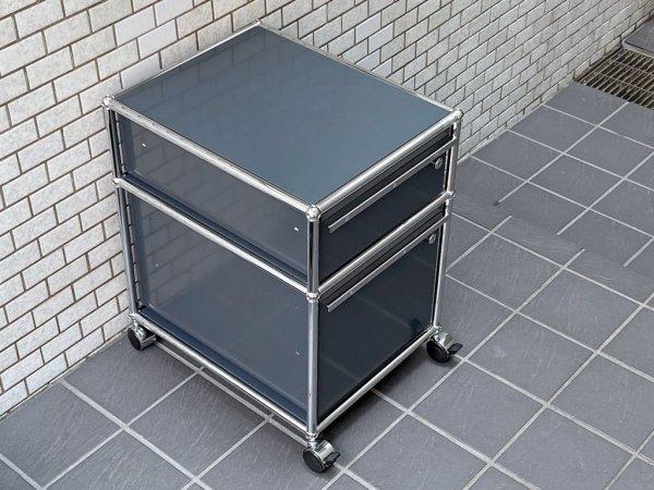 ユーエスエムハラー USM Haller モジュラーファニチャー Modular Furniture ハラーシステム ロールボーイ デスクワゴン アントラサイト 鍵付き B ■