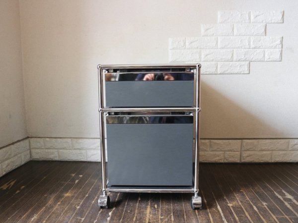 ユーエスエムハラー USM Haller モジュラーファニチャー Modular Furniture ハラーシステム ロールボーイ ワゴン デスクキャビネット アントラサイト 鍵付き A ◎