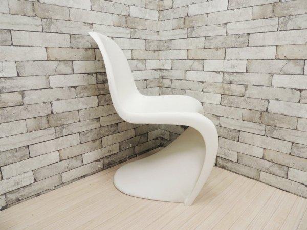 ヴィトラ vitra パントンチェア Panton Chair ホワイト ヴェルナー・パントン Panton スタッキングチェア ミッドセンチュリー スペースエイジ B ●