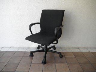 スチールケース Steelcace プロテジェチェア Protege オフィスチェア デスクチェア アーム ブラック ◇
