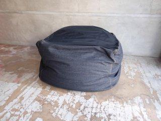 無印良品 MUJI 体にフィットするソファ ビーズクッション 綿デニムカバー 定価: \14,980- ♪