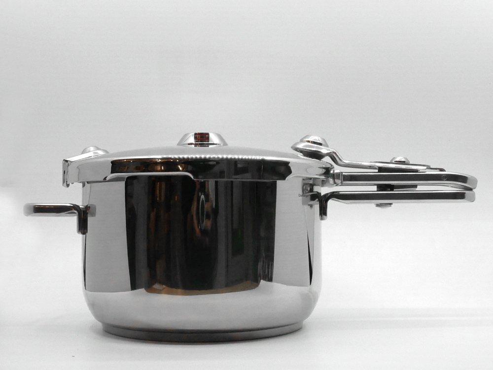 タッパーウェア Tupperware パーフェクトキッチン PERFECT KITCHEN 圧力鍋 5L 未使用 箱付き ステンレス ドイツ製 ●