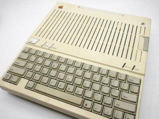 アップル Apple 旧型PC Apple�c A2S4000 通電未確認 ジャンク扱い 希少 パーツ取り ●