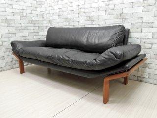 コンフォート komfort ビンテージ 3人掛け ソファ チーク無垢材 × レザー 北欧家具 ●