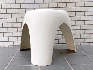 ヴィトラ Vitra エレファントスツール Elephant Stool ポリプロピレン製 ホワイト 柳宗理 ミッドセンチュリー MoMA 永久収蔵品 ■