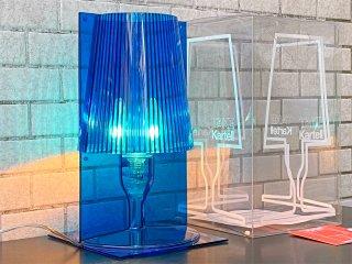 カルテル Kartell テイク TAKE テーブルランプ ポリカーボネート製 ブルー フェルチョ・ラヴィアーニ デイタリア ■