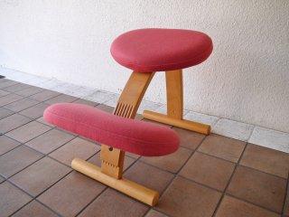 リボ Rybo バランスイージー balans Easy バランスチェア ピンク 学習椅子 姿勢矯正 ◇