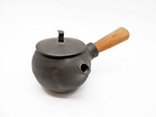 馬場勝文 黒釉 急須 丸型 取手付 チーク材 陶器 現代作家 ●