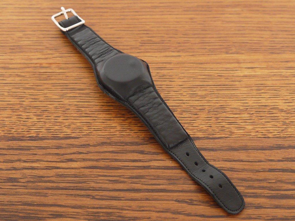 フラームシ() vlaemsch() インターナルウォッチ Internal Watch レオン・ランズマイヤー Leon Ransmeier 腕時計型ブレスレット ベルギー ◇
