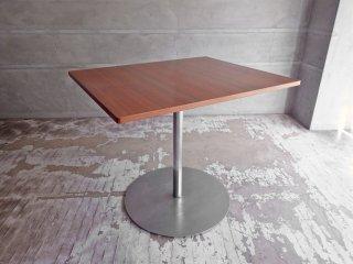 ホテル クラスカ Hotel CLASKA マルニ木工 オーダーメイド カフェテーブル スチールレッグ W85cm ♪