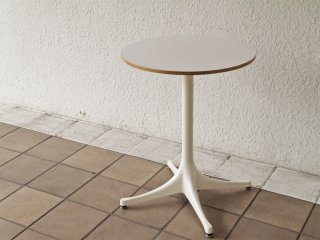 ハーマンミラー Herman Miller ネルソン ペデスタル エンドテーブル NELSON PEDESTAL SIDE TABLE ホワイト ジョージ・ネルソン 定価¥119,900- ◇