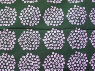 マリメッコ marimekko PUKETTI ファブリック生地 日本限定色 グリーンxピンク 137x107cm ●