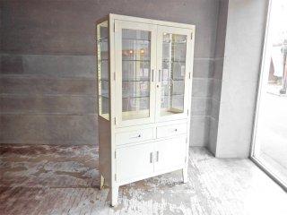 ビンテージ スチール ケビント ドクターキャビネット ガラス棚 4面 飾り棚 店舗什器 医療用 インダストリアル ♪