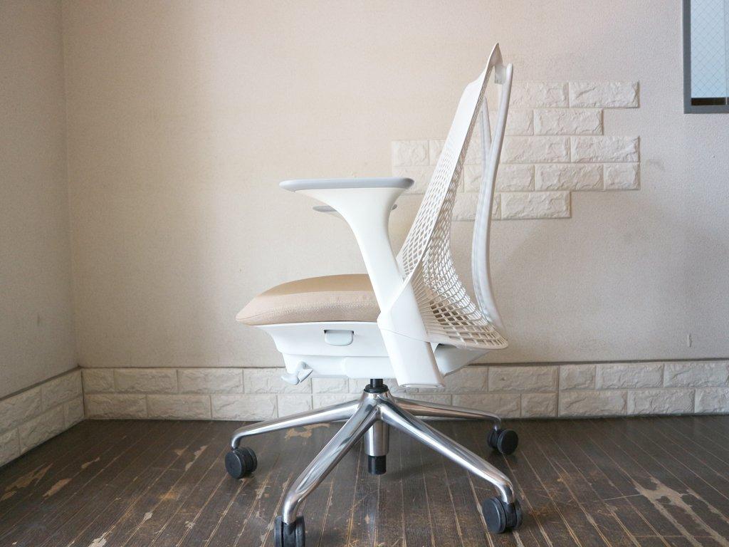 ハーマンミラー Herman Miller セイルチェア SAYL Chair デスクチェア イヴ・ベアール スタジオホワイト オートミール 定価¥112,200- ◎
