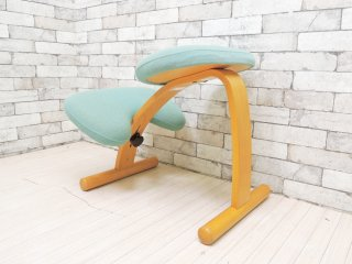 リボ Rybo バランスイージー balans Easy バランスチェア ライトブルー 学習椅子 姿勢矯正 現状特価品 ●