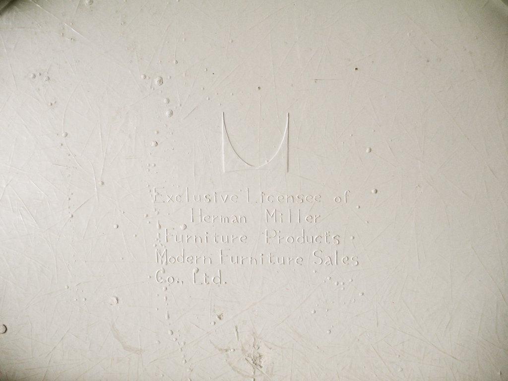 ハーマンミラー Herman Miller ビンテージ サイドシェルチェア スタッキングベース DSS ナローマウント ジラルド生地 Hopsak レッド M.F.S製 イームズ ◇