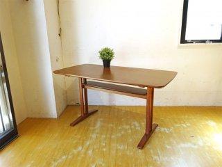 カリモク60+ karimoku カフェテーブル1200 ウォールナット色 棚板付き ミッドセンチュリーモダン★