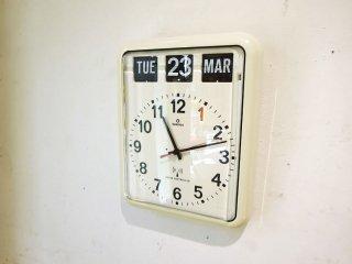 トゥエンコ TWEMCO 掛け時計 パタパタカレンダー時計 RC-12 ホワイト ラジオコントロール ウォールクロック 昭和レトロ ★