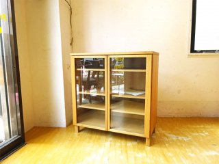 無印良品 MUJI 木製ガラスキャビネット 食器棚 カップボード タモ材 ナチュラル 廃盤品 ★