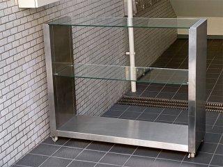 ステンレス シェルフ オープンラック ガラス棚 キャスター付き 店舗什器 ■