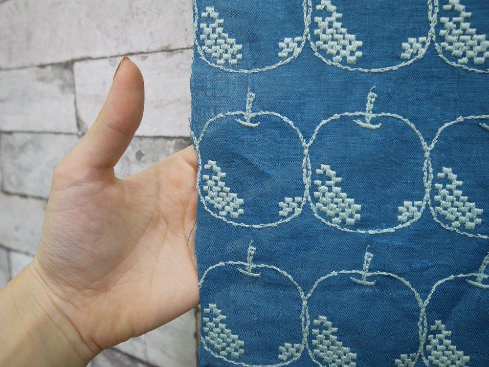 ミナペルホネン mina perhonen メーラ Mela ブルー 70×140 ファブリック ハギレ生地 皆川明 ●