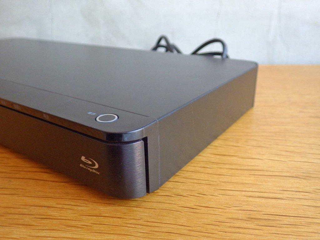 東芝 TOSHIBA レグザ REGZA ブルーレイ レコーダー DBR-Z520 HDD 1 TB ダブルチューナー マルチドライブ 2015年製 ♪