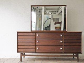 スタンレーファニチャー Stanley Furniture ウォールナット材 サイドボード ドレッサー 幅172.5cm USビンテージ ミッドセンチュリー 米国 店舗什器 ◇