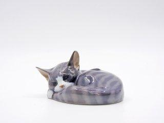ロイヤルコペンハーゲン ROYAL COPENHAGEN 陶製フィギュリン 眠り猫 置物 デンマーク 北欧雑貨 ●